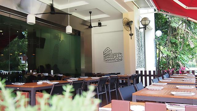 Spizza @ Balmoral Plaza